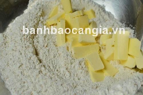 công thức cách nấu bánh mì với dâu tây thơm lừng